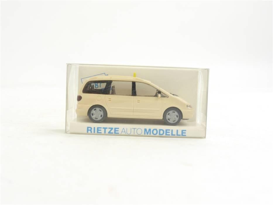 """E169 Rietze H0 30750 Modellauto PKW Volkswagen VW Sharan """"Taxi"""" 1:87"""