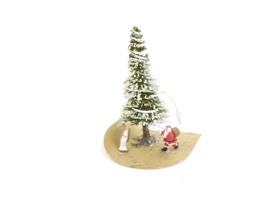 E336 H0 Ausschmückung Weihnachtsbaum Tannenbaum beleuchtet mit Figuren *geprüft*