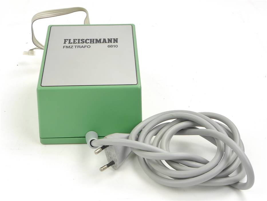 E330 Fleischmann 6810 FMZ-Trafo Mehrzugsteuerung 230V