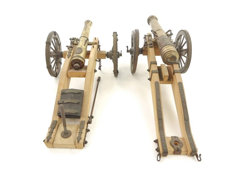 E293 Pocher Torino 2x Modellkanone Holzmodell Festungskanone Kanone