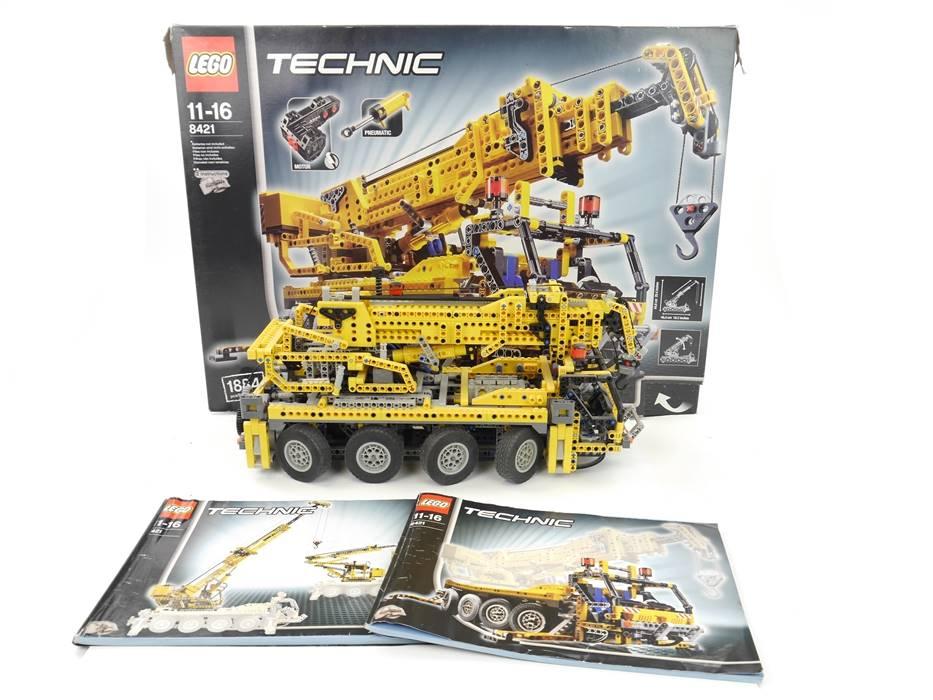 E318 LEGO Technic 8421 Pneumatik Kranwagen inkl. Anleitungen und OVP