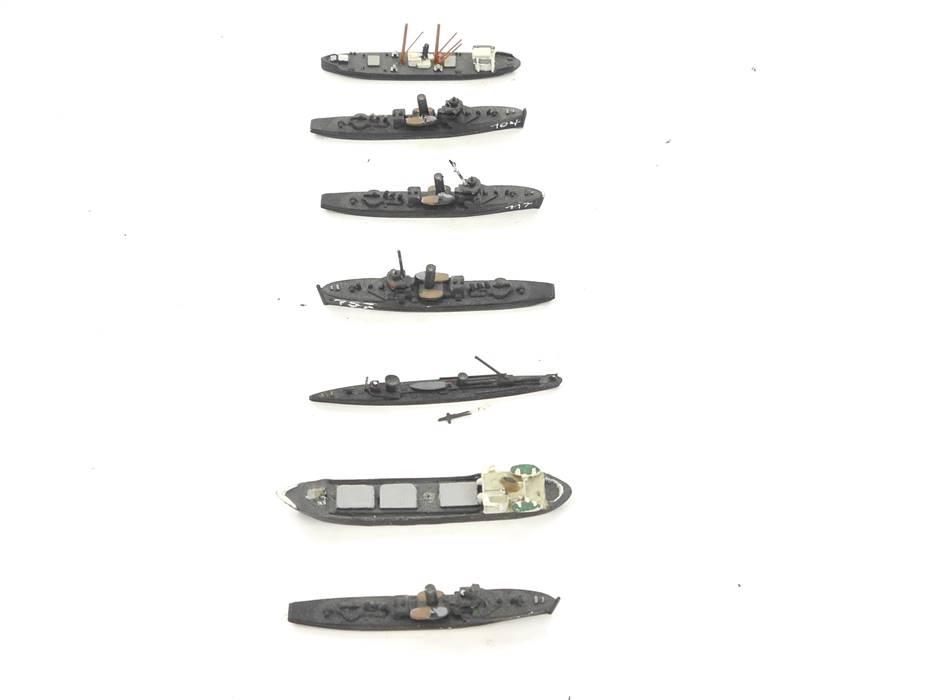 E169 Wiking u.a. 7x Modellschiffe Schiffsmodelle Metall 1:1250 / 5cm