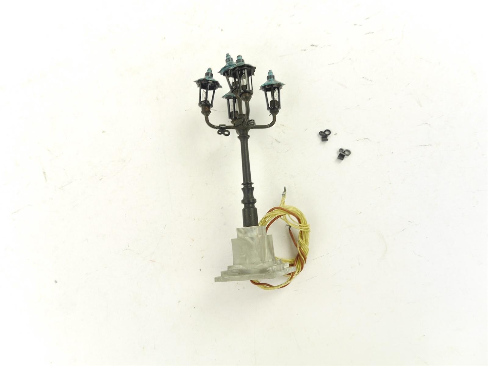 E135 Brawa H0 5171 Lampe Leuchte Schirmleuchte 5-armig / ca. 9 cm *geprüft*