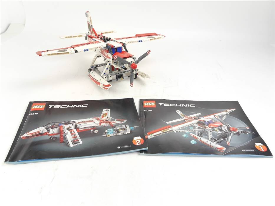 E307 LEGO Technic 42040 Flugzeug Löschflugzeug Fire Plane (unvollständig)