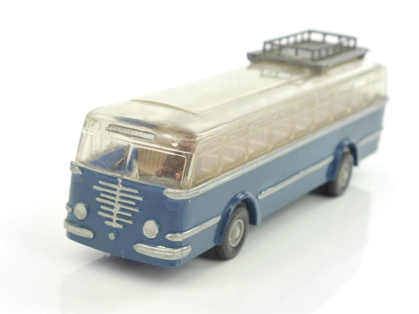 E47Z124s Wiking H0 1165/1C Büssing Tram-Bus ohne Dachlüfter himmelblau / WMiK