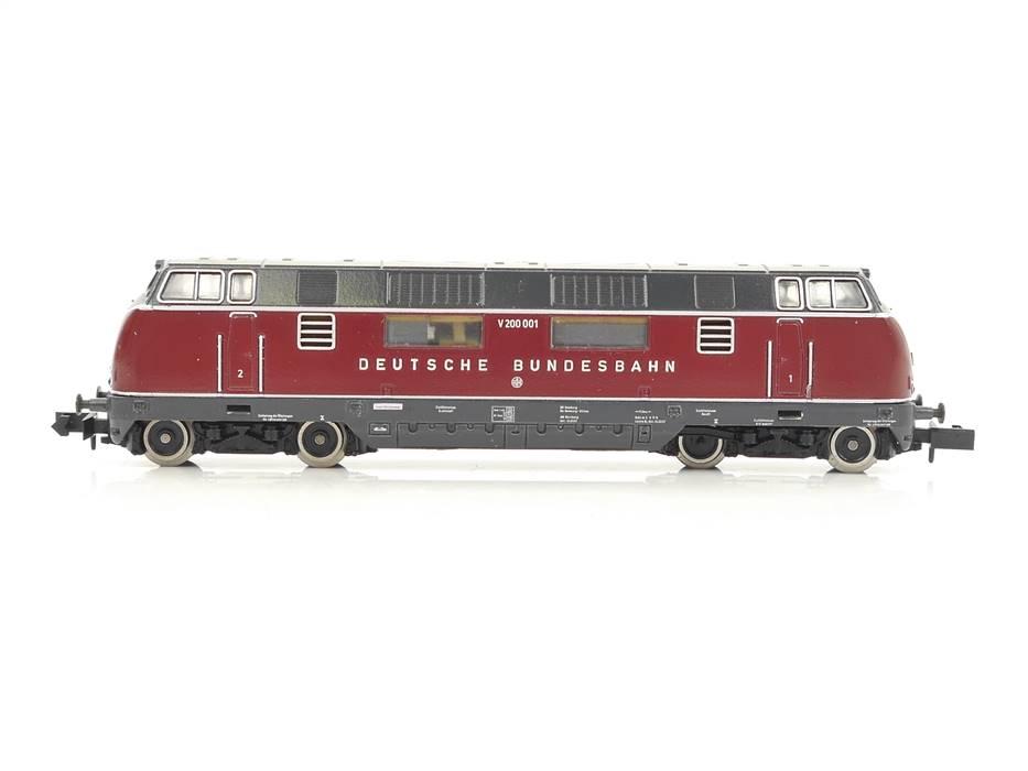 E320 Arnold N 2025 Diesellok BR V200 001 DB
