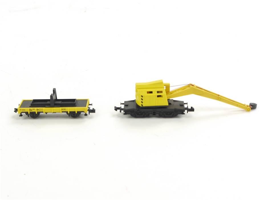 E316 Minitrix N 13682 Güterwagenset 2-tlg. Kranwagen mit Schutzwagen DB