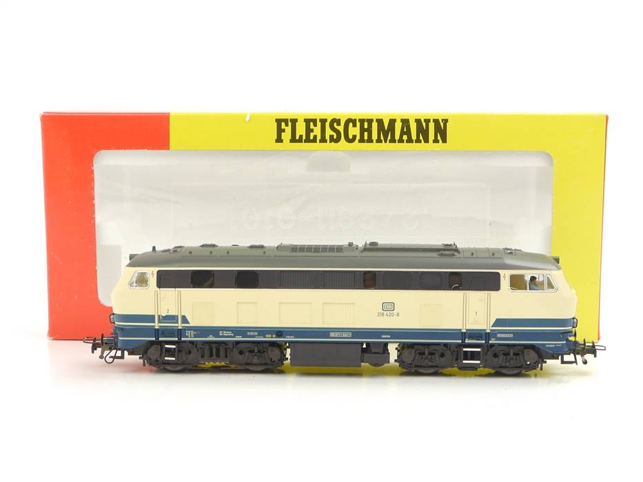 E332 Fleischmann H0 1233 Diesellok BR 218 420-8 DB / Sound DSS Digital NEM AC