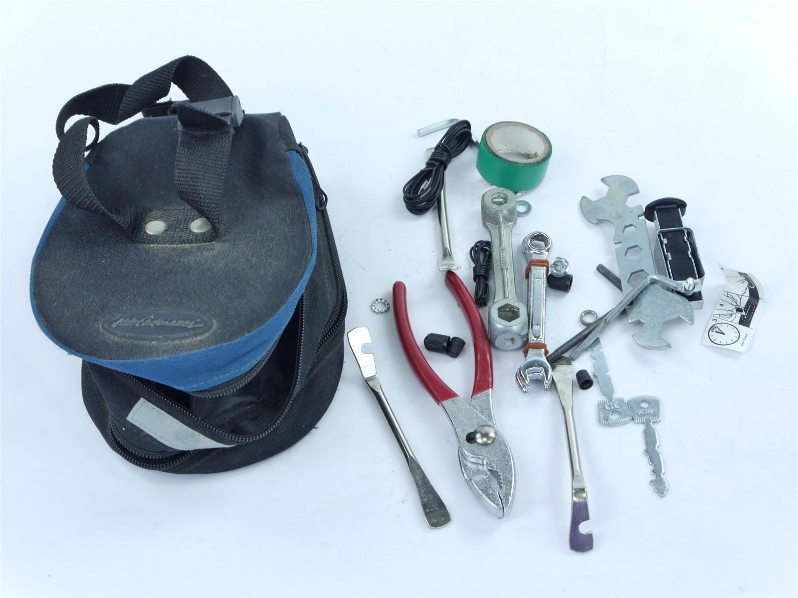 E122 Werkzeug Schraubenschlüssel Zange in Tasche