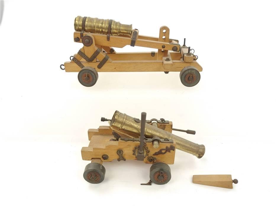 E293 Pocher Torino u.a. 2x Modellkanone Holzmodell Festungskanone Kanone 1:20