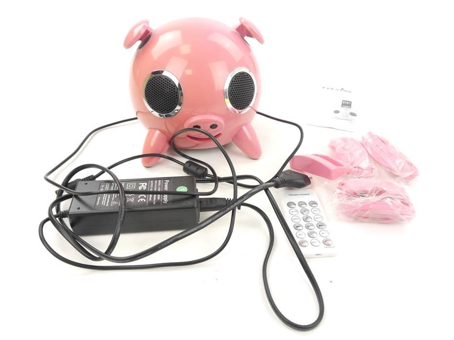 """E307 Evestar EV-PI iPod Docking Station """"Schwein"""" mit Fernbedienung"""