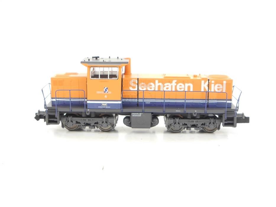 """E320 Minitrix N 12547 Diesellok MaK G 1203 BB """"Seehafen Kiel"""" Nr. 4 / DSS *TOP*"""