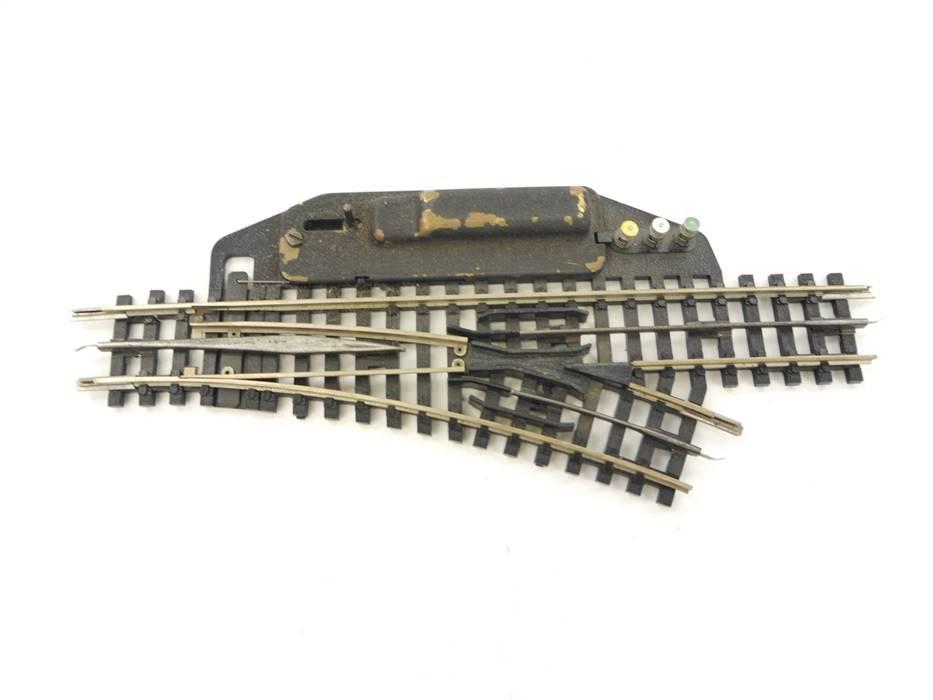 E64 Trix Express H0 4363 elektrische Weiche R rechts geprüft *Note 3*