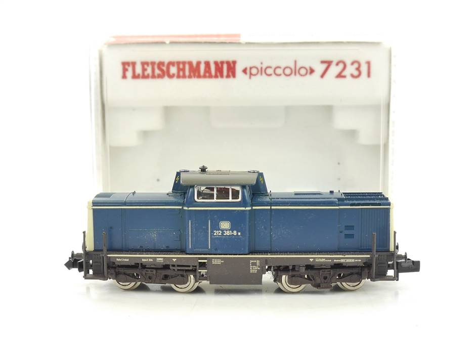 E326 Fleischmann N 7231 Diesellok BR 212 381-8 DB