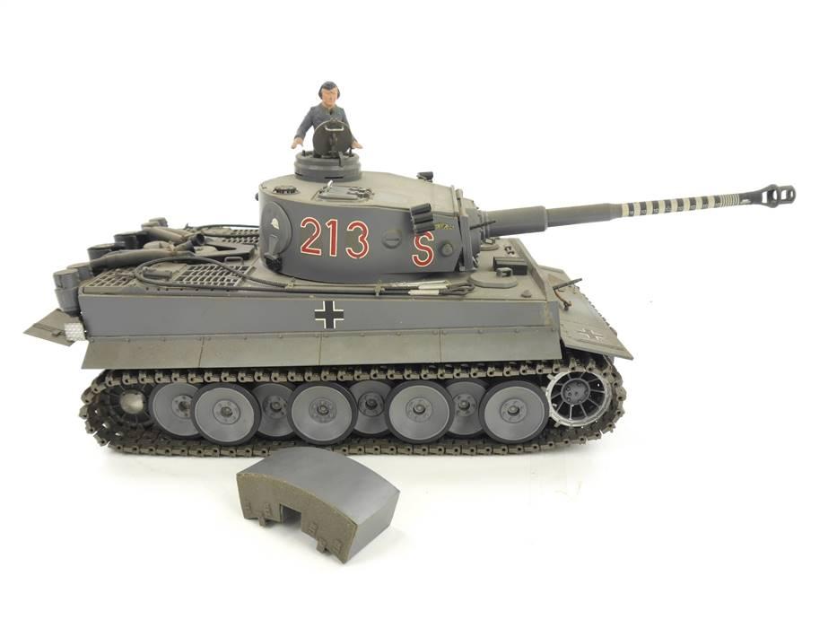 E293 Modell-Bausatz Militärfahrzeug Panzer Nr. S 213 / ca. 26 cm